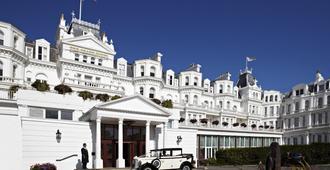 The Grand Hotel Eastbourne - Eastbourne - Näkymät ulkona