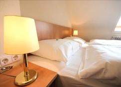 Hotel Wiking - Kiel - Bedroom