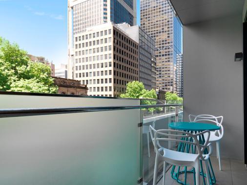 Wyndham Hotel Melbourne - Melbourne - Balcony