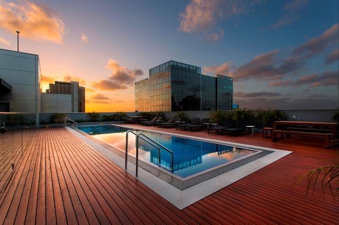 墨爾本溫德姆飯店 - 墨爾本 - 游泳池