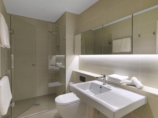 Wyndham Hotel Melbourne - Melbourne - Bathroom