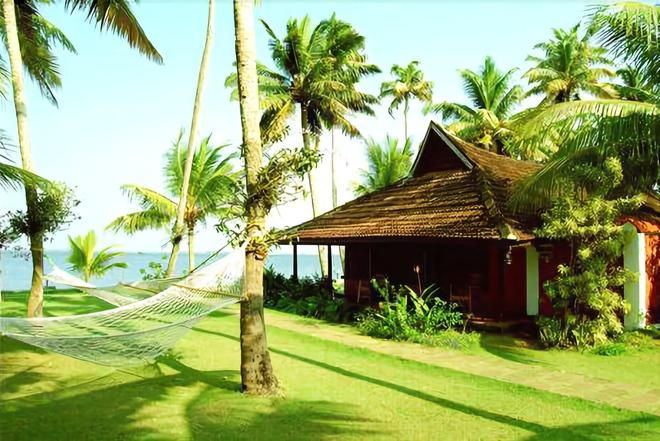 Kayaloram Heritage Lake Resort - Alappuzha - Outdoors view