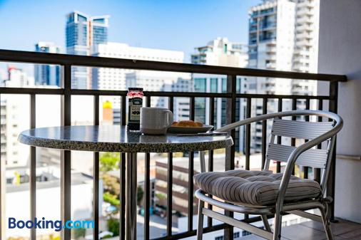 Central City Exclusive Apartments - Perth - Balcony