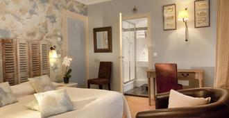 Hôtel Le Central - Trouville-sur-Mer - Bedroom