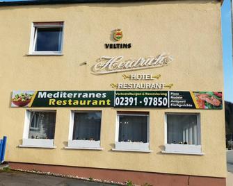 Hotel Restaurant Heidrich - Plettenberg - Building
