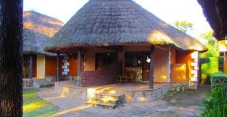 Secrets Guest House - Entebbe