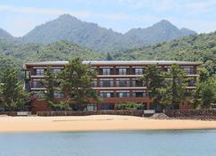 Miyajima Seaside Hotel - Hiroshima - Edifício