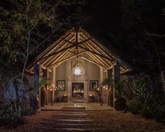 The River Lodge at Thornybush - Hoedspruit - Gebouw