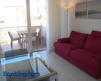 Appartamento Giovanni - Lido Adriano - Living room