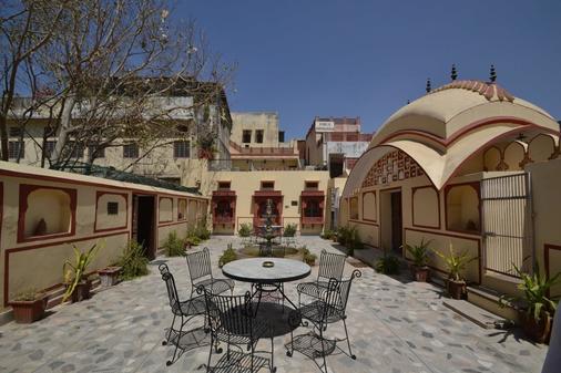 拉瓦拉梅里納雅尼宮殿酒店 - 齋浦爾 - 齋浦爾 - 天井