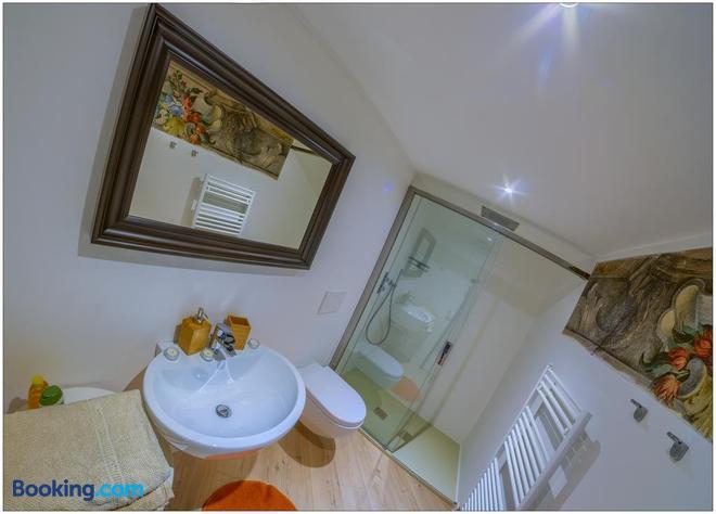 Villa Vinicia - Domaso - Bathroom