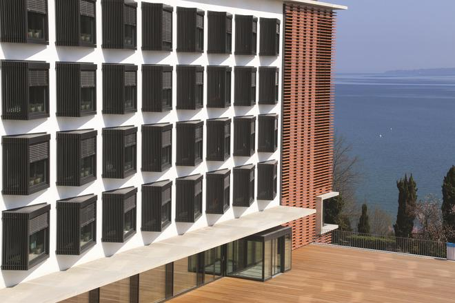 Lake Geneva Hotel - Versoix - Gebäude