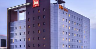 Ibis Surabaya City Center - Surabaya - Edificio