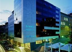 هوتل بونافيا بلافا لاغونا - رييكا - مبنى