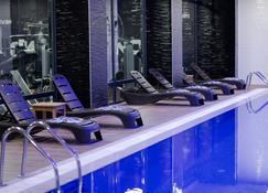Grand Hotel & Convention Center Karman - Karaman - Pool