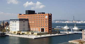 Premier Hotel Mojiko - קיטאקיושו