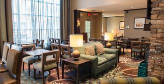 Staybridge Suites Fargo - פארגו - טרקלין