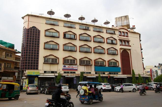 Hotel Neelam - Jaipur - Building