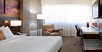 Delta Hotels by Marriott Edmonton South Conference Centre - Edmonton - Habitación
