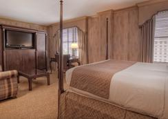The Dunhill Hotel - Charlotte - Bedroom