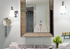 The Dunhill Hotel - Charlotte - Bathroom