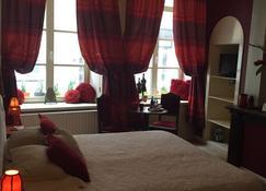 Con Ampère Bed & Breakfast - Brujas - Habitación