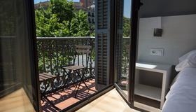 Hostalin Barcelona Gran Via - Barcelona - Varanda
