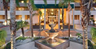 Worldmark Palm Springs - פאלם ספירנגס - בניין