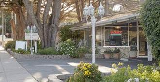 Americas Best Value Presidents Inn on Munras - Monterey - Utsikt