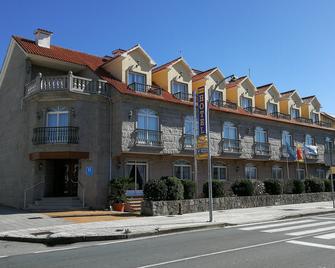 Hotel Playa Compostela - Vilagarcía de Arousa - Building
