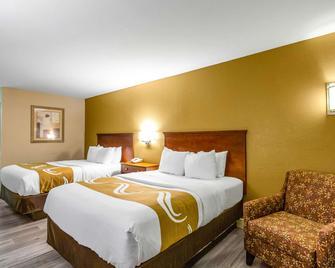 Quality Inn - Quincy - Bedroom