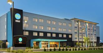 Tru by Hilton Wichita Northeast - Wichita