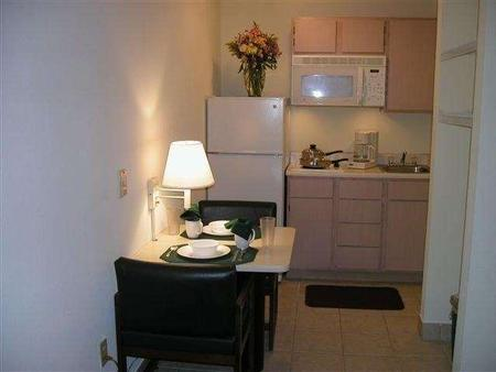 Intown Suites Gulfport - Gulfport - Phòng bếp
