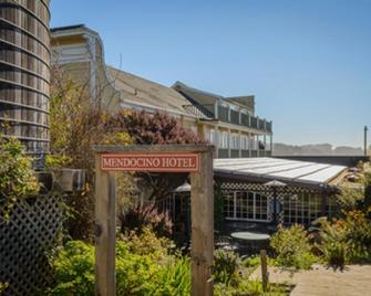 The Mendocino Hotel and Garden Suites - Mendocino - Building