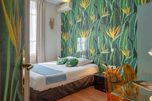 Hôtel Cecil - Antibes - Schlafzimmer