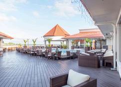 Ramada Paramaribo Princess Hotel - Paramaribo - Piscina
