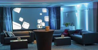 Holiday Inn Express & Suites Tremblant - Mont-Tremblant - Lounge