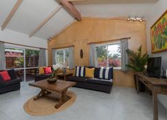 ماين فيلا - راروتونغا - غرفة معيشة