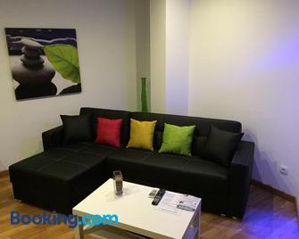 Residencial Suites Valldemossa - Вальдемосса - Living room