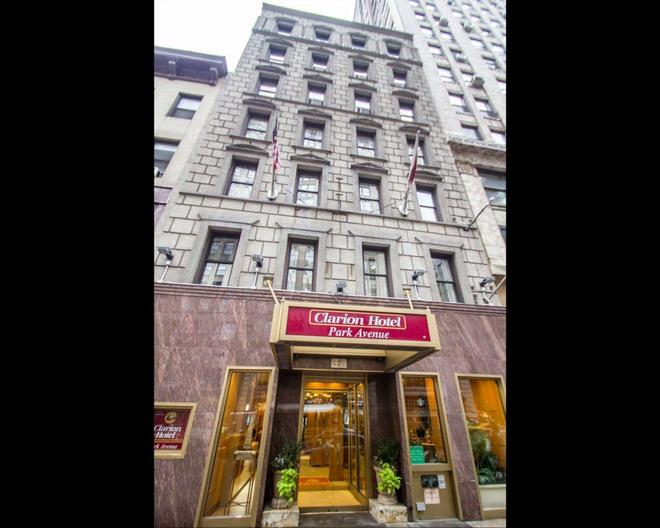 Clarion Hotel Park Avenue - New York - Building
