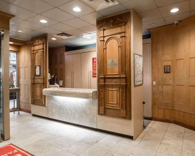 Clarion Hotel Park Avenue - New York - Front desk