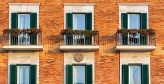 Hotel Fortuna - Ancona - Edificio