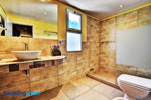 Hosteria Miramar - Piriápolis - Bathroom