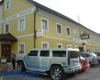 Landgasthof Winklehner - Sankt Valentin - Gebäude
