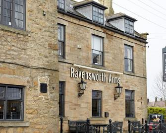 Ravensworth Arms Hotel by Greene King Inns - Гейтсхед - Здание