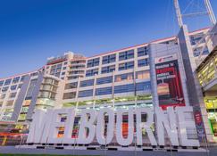 PARKROYAL Melbourne Airport - Melbourne - Building