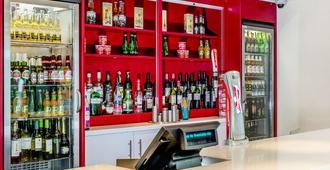 亞逢史塔特佛德旅遊旅館 - 史特拉福 - 埃文素斯特拉特福 - 酒吧