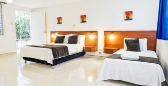 Hotel Thama Palmira - Palmira