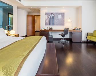 Best Western Premier BHR Treviso Hotel - Quinto di Treviso - Bedroom
