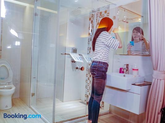 D'Well Hostel - Kaohsiung - Bathroom